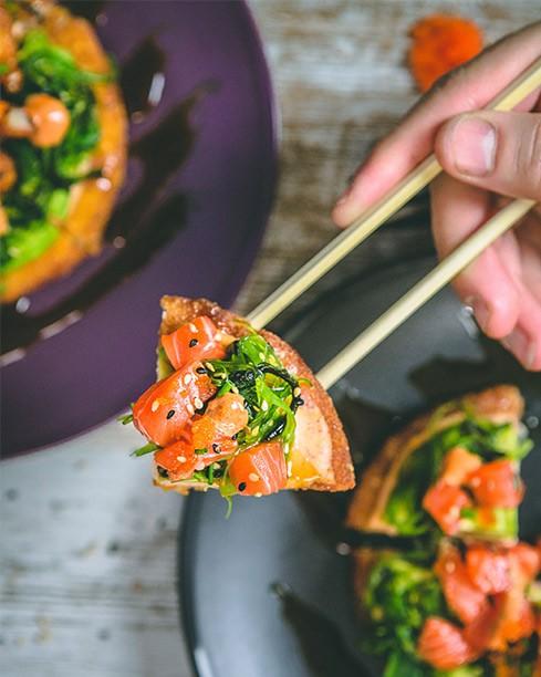 sushi pizza salmon