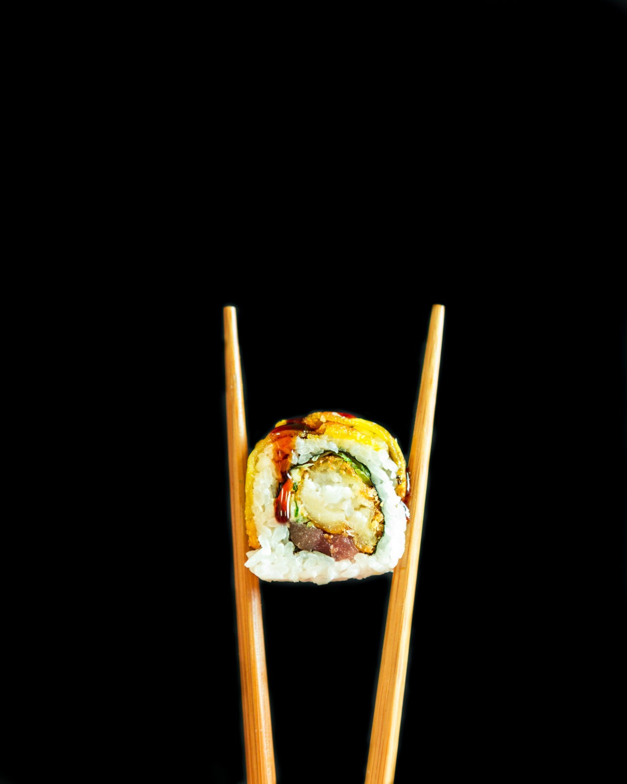 Tropic Guell Roll con palillos